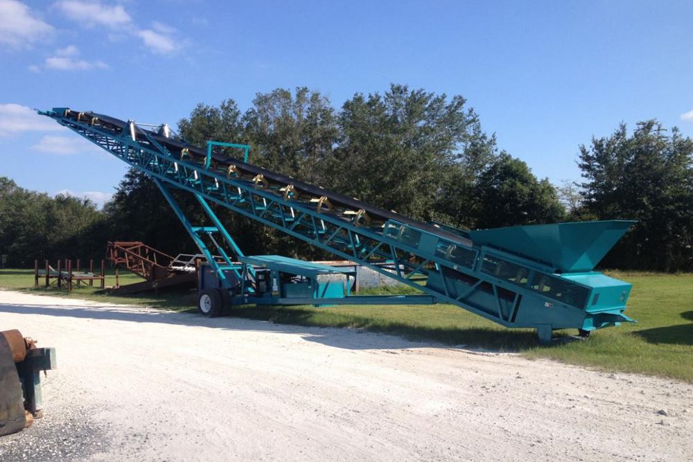Mobile MGL conveyor on the yard