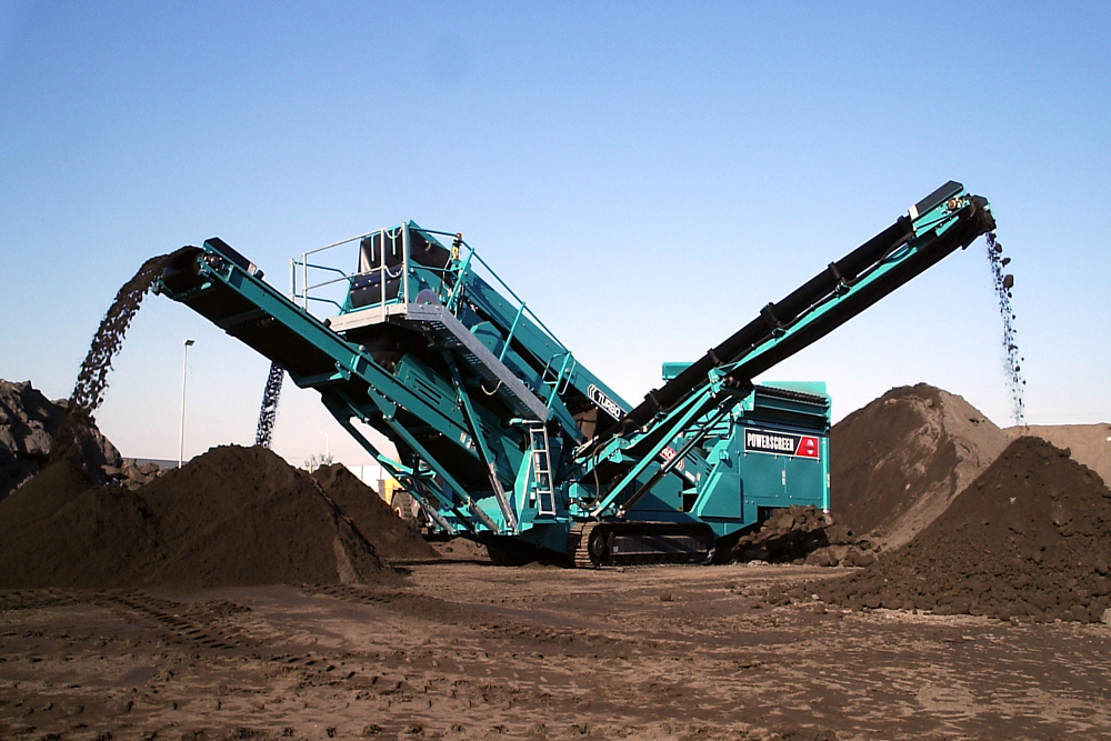 Powerscreen Chieftain screen